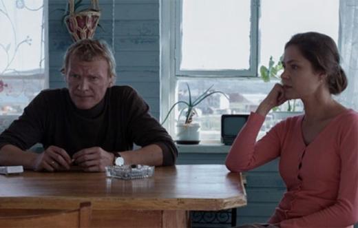 Главные герои фильма Николай и Лилия в исполнении Алексея Серебрякова и Елены Лядовой